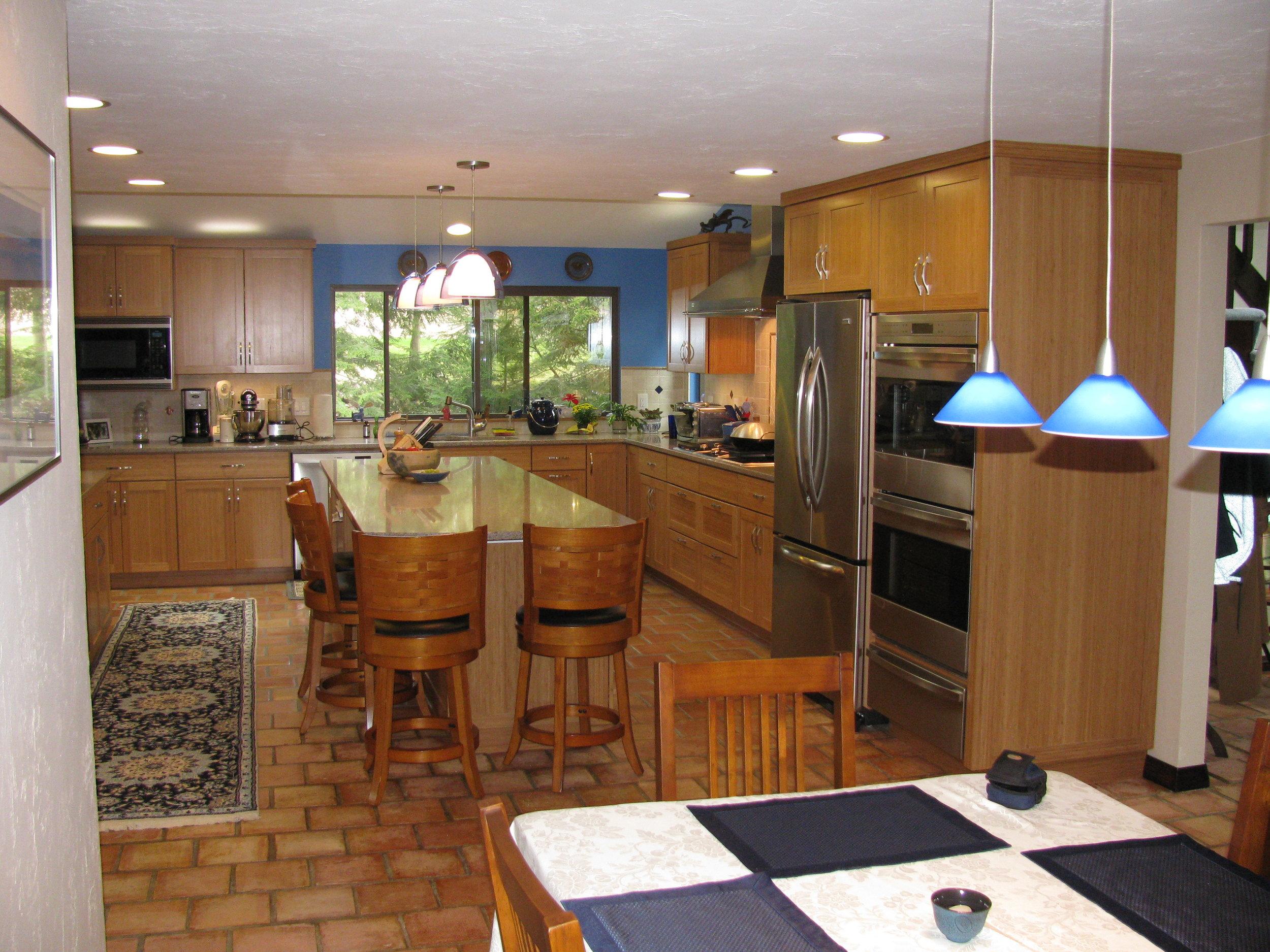 St. Germain Kitchen 001.jpg