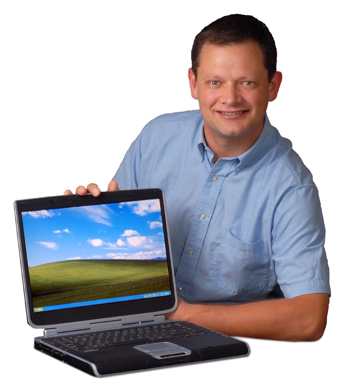 BlueMoose-Jim-Laptop-white-background.jpeg