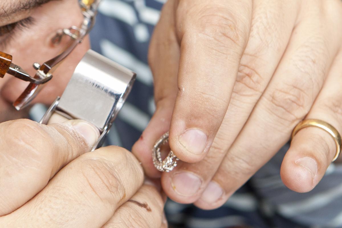 free-jewelery-appraisal.jpg