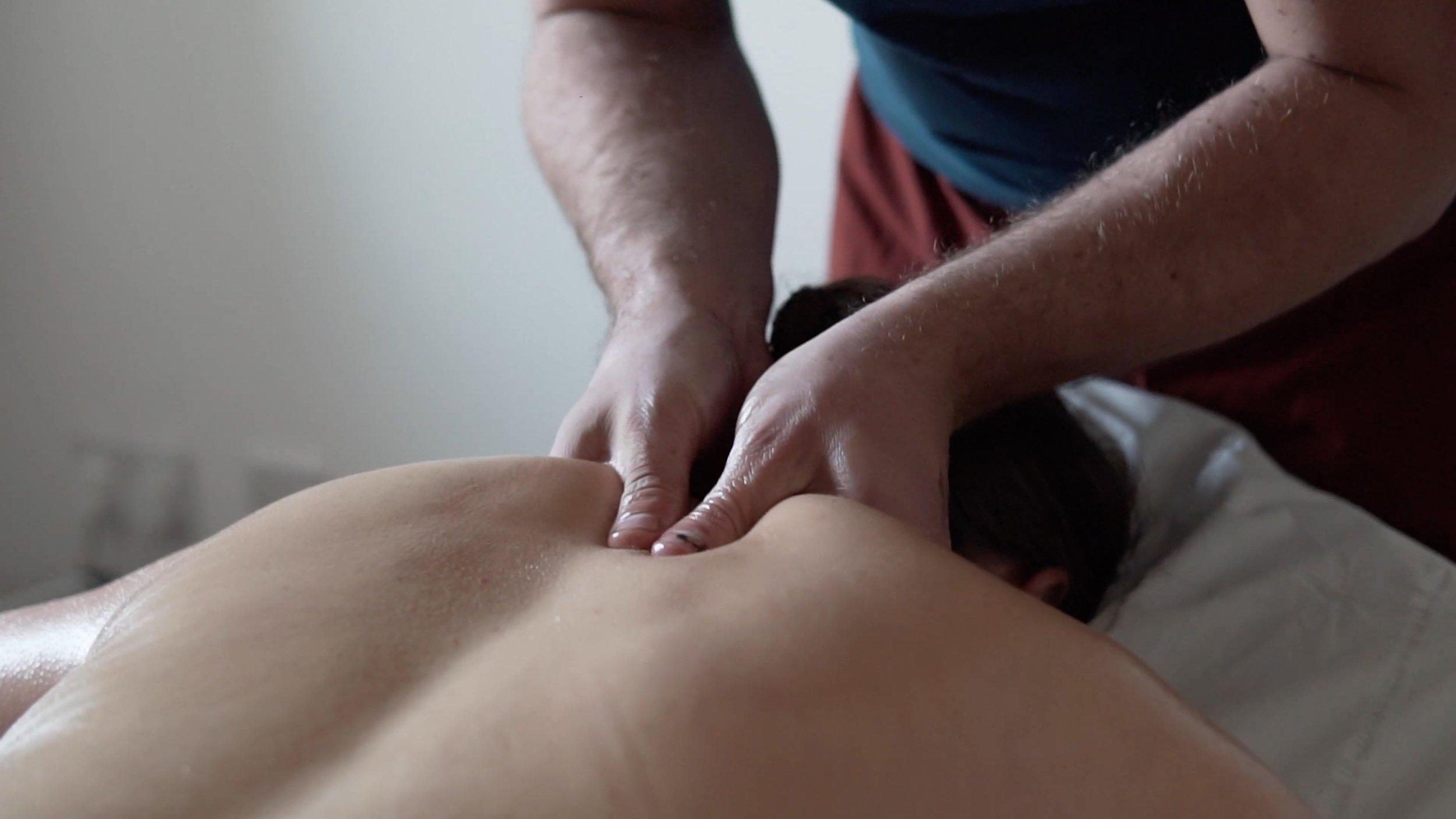 Ayurveda - Massage 1.jpg