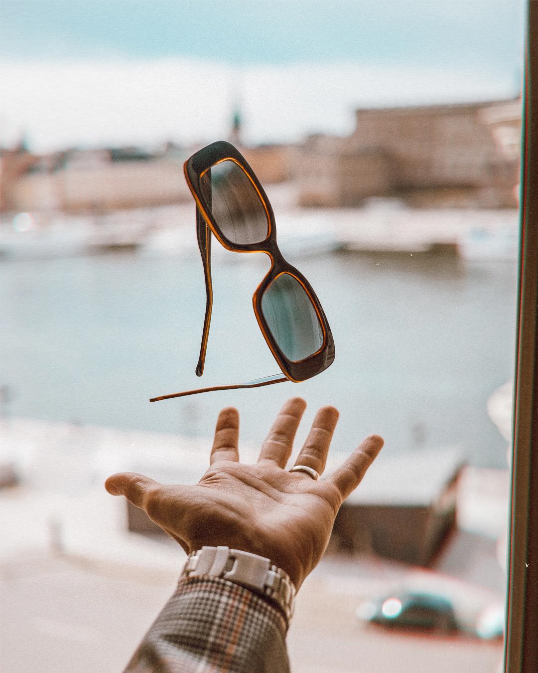 ◎ Sunglasses from Komono