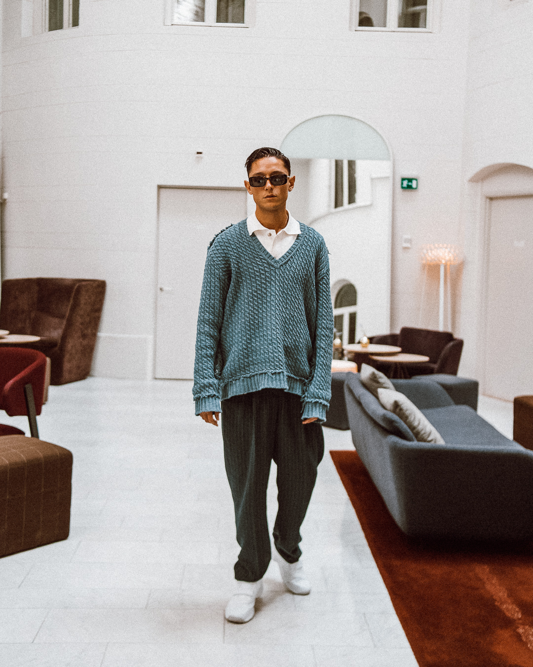 ◎ Wearing a vintage Dolce & Gabbana sweater