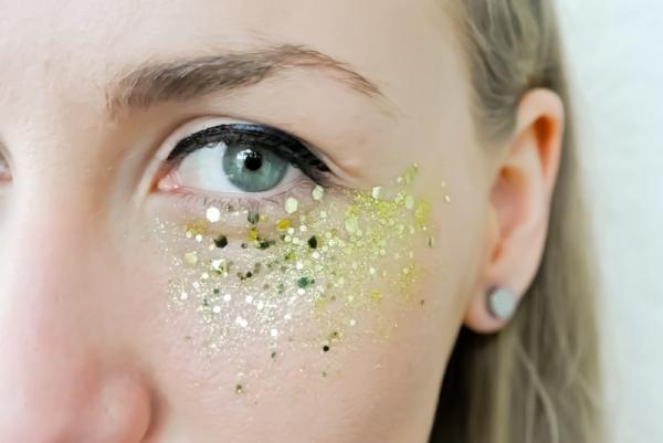 Final-face-glitter-look.jpeg