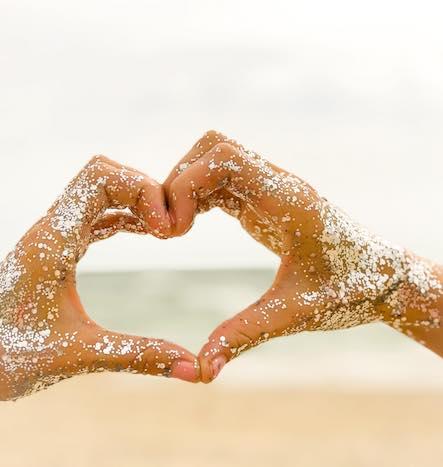 love-biodegradable-glitter.jpg