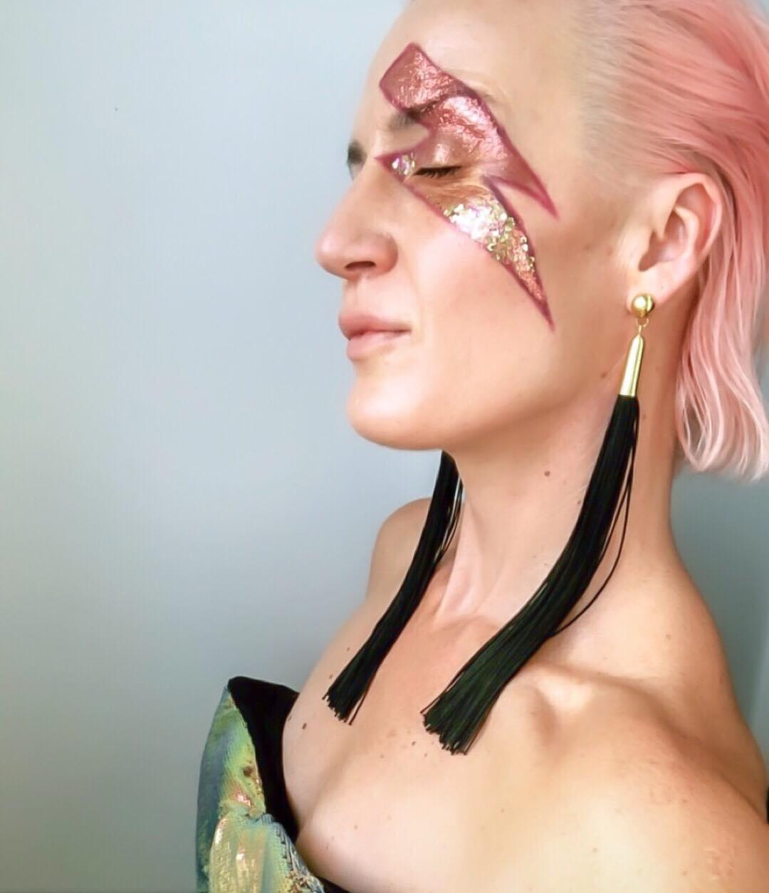 Willis-york-lady-with-pink-hair.jpg