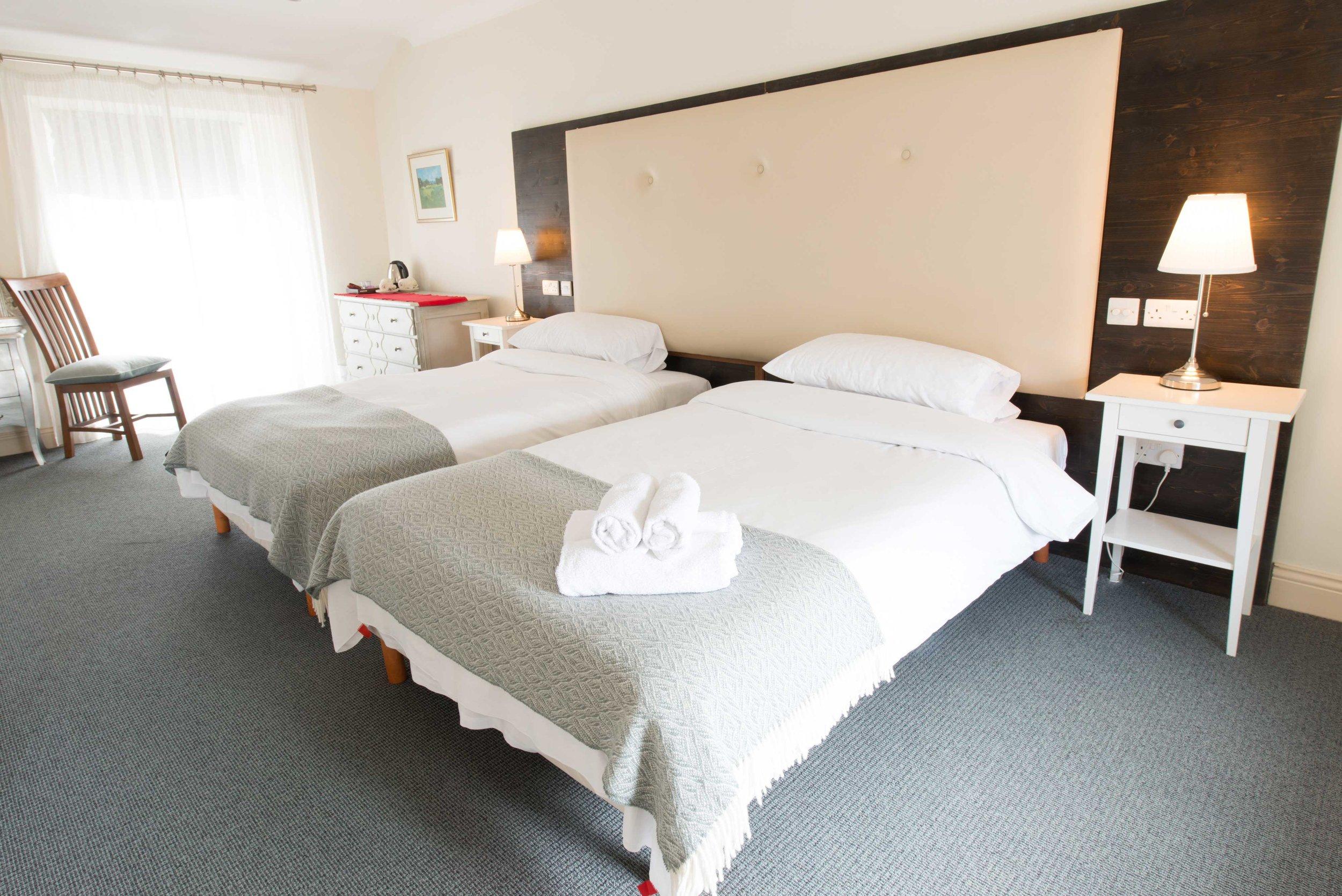Twin Room - Connemara Lake Hotel