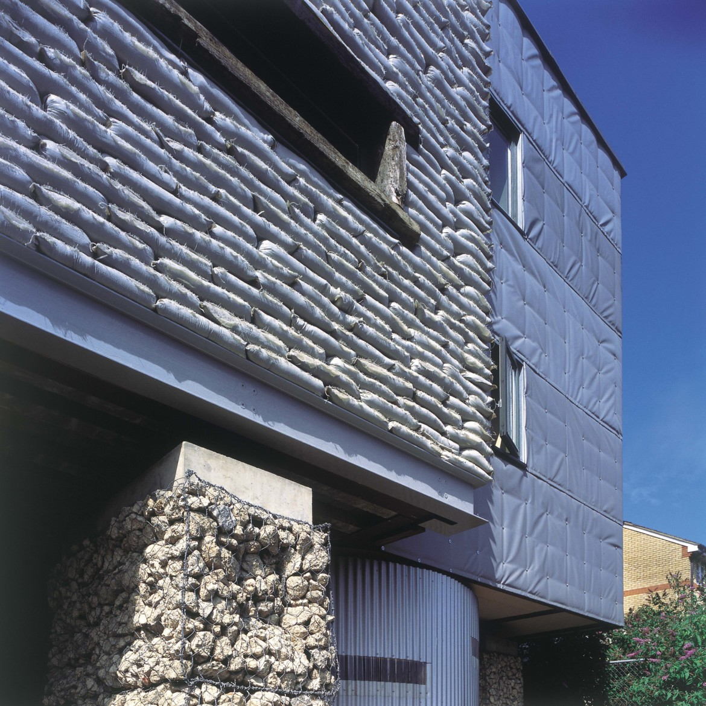 Sarah-Wigglesworth-Architects_Stock-Orchard_sandbag_cloth_3600-1170x1170.jpg