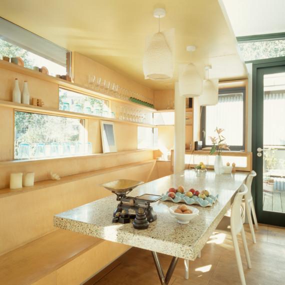 Sarah-Wigglesworth-Architects_Stock-Orchard-Street_kitchen_1800-570x570.jpg
