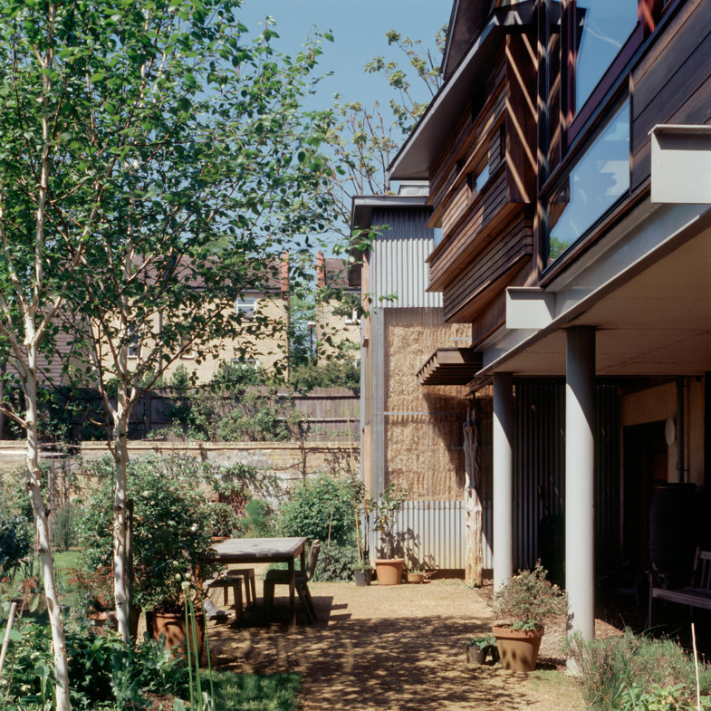 Sarah-Wigglesworth-Architects_Stock-Orchard-Street_outdoor-table_1800-785x785.jpg