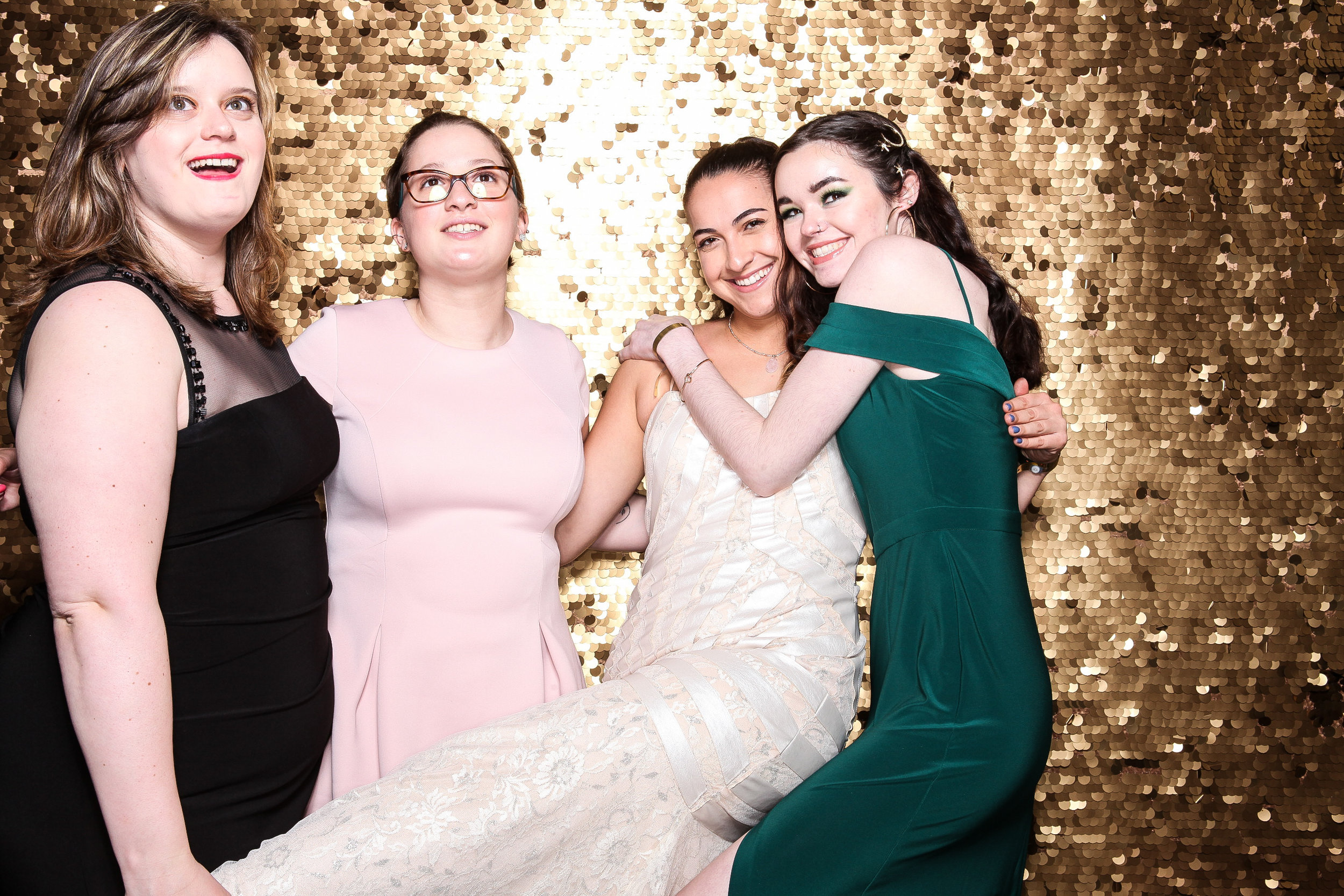 20190503_Adelphi_Senior_Formal-020.jpg