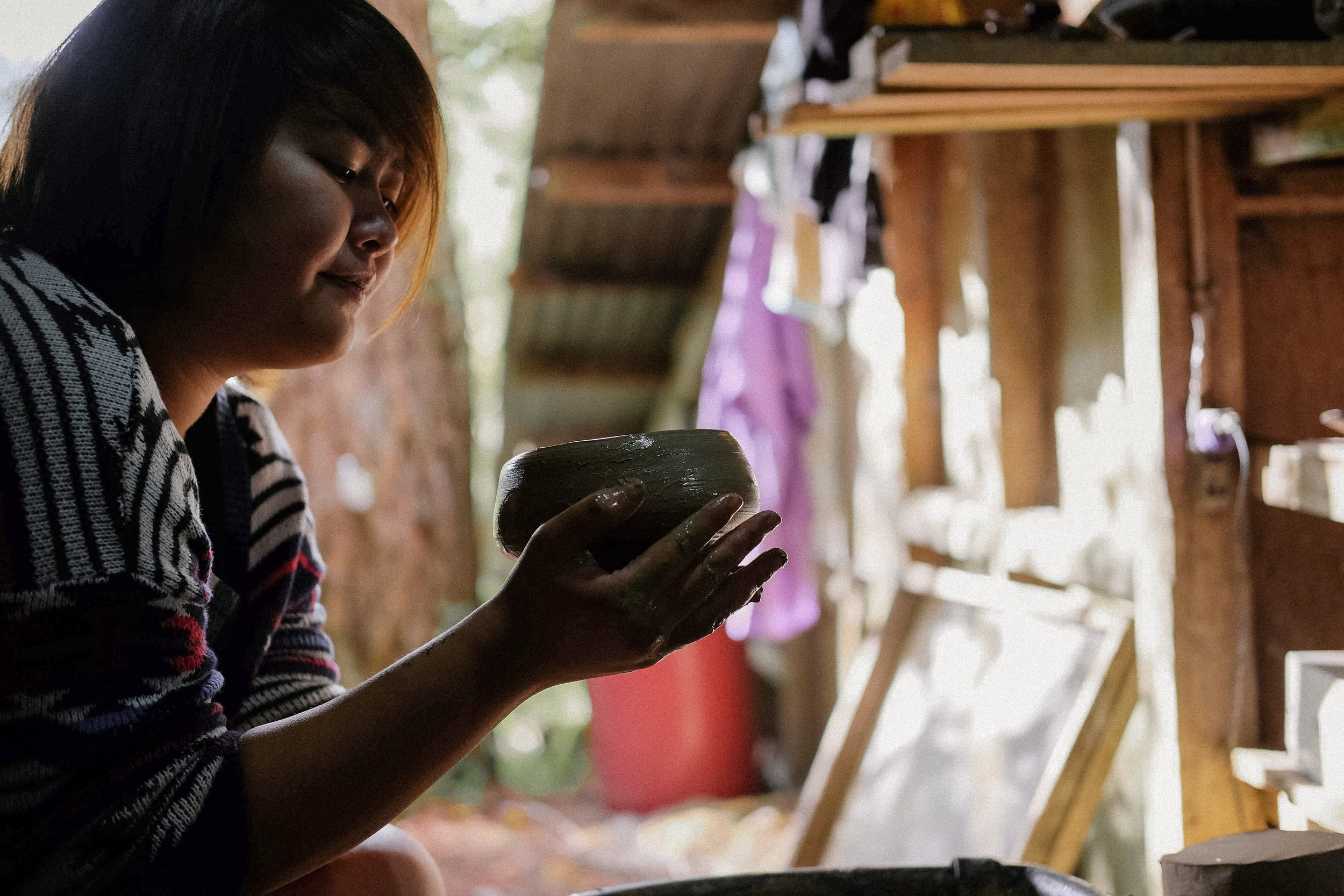 clay POTTERY - Visit the Sagada Pottery located along the main road to Besao. This is the place where my love for the art of pottery deepened.