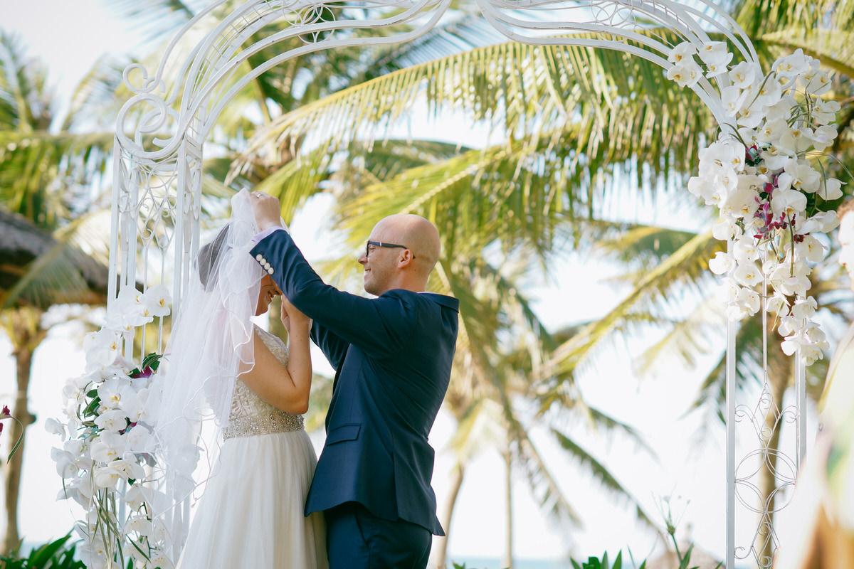 HoiAn-Vietnam-Wedding-Photographer_59.jpg