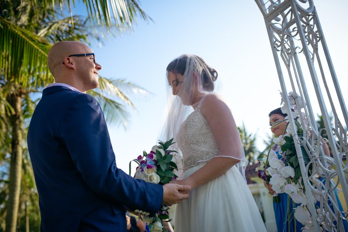 HoiAn-Vietnam-Wedding-Photographer_103.jpg