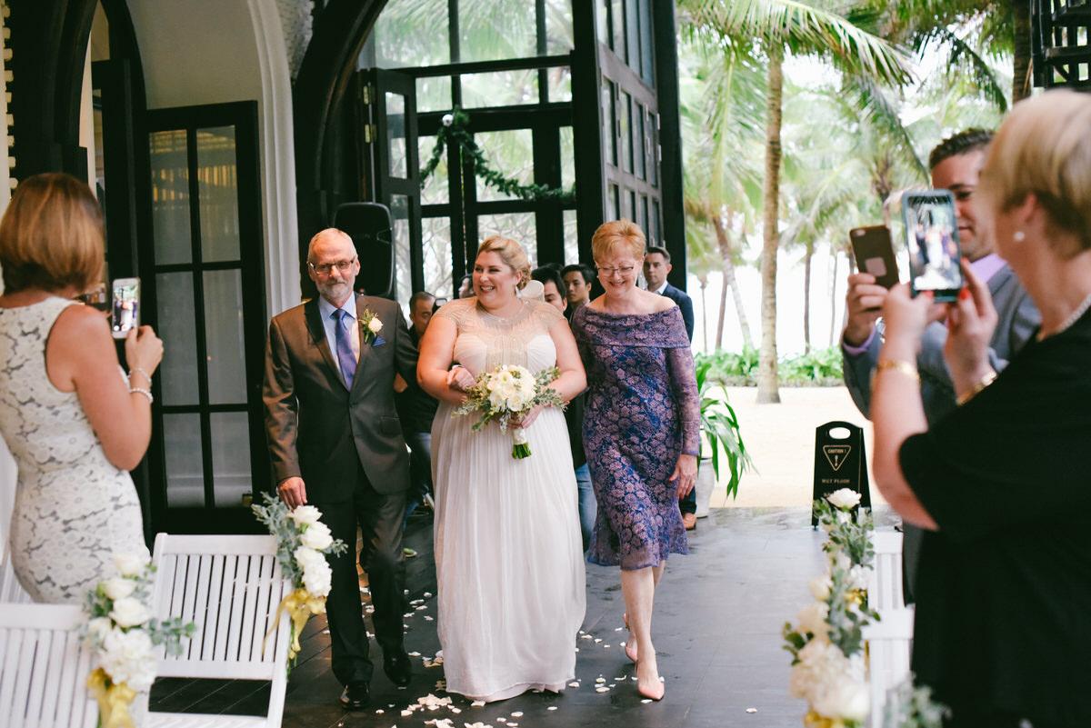 Intercontinental-Danang-Viet Nam-Wedding-Photography-78.jpg