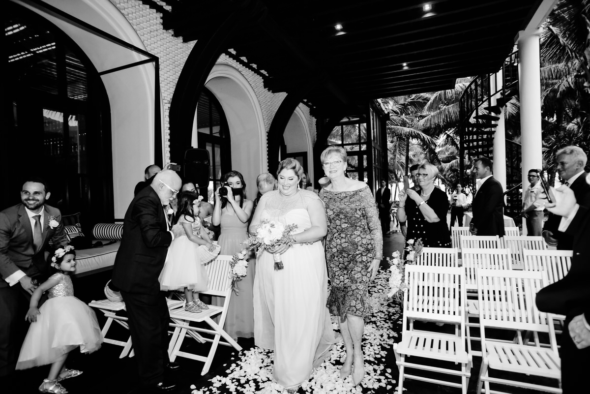 Intercontinental-Danang-Viet Nam-Wedding-Photography-93.jpg