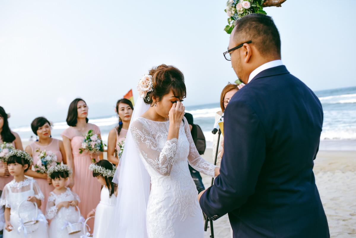 Danang-Viet Nam-Wedding-Photographer_108.jpg
