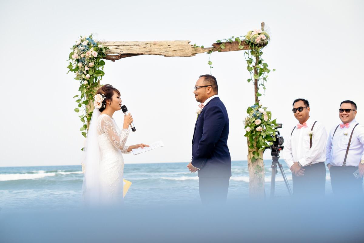 Danang-Viet Nam-Wedding-Photographer_150.jpg