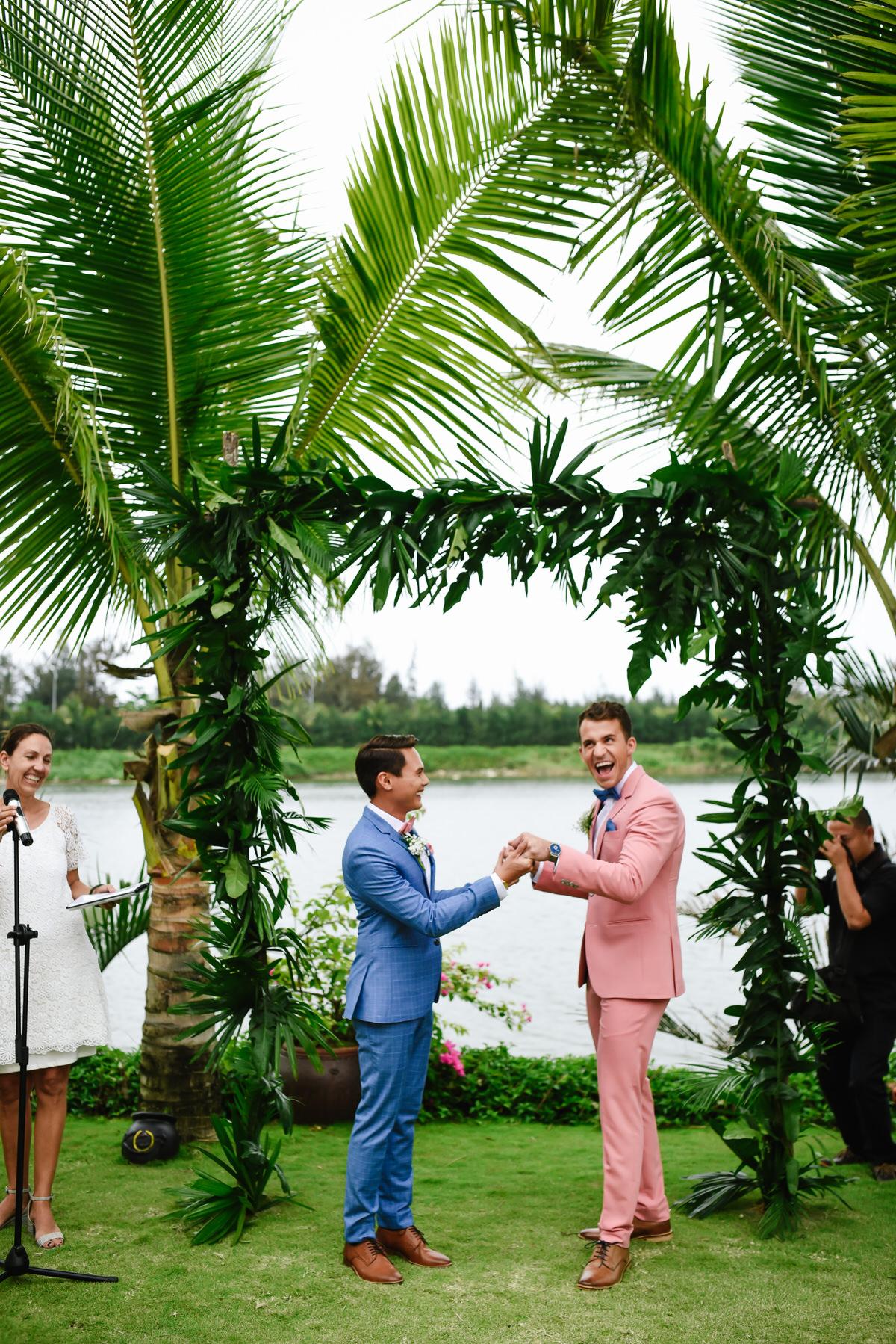 Vietnam-Samesex-Wedding-73.jpg