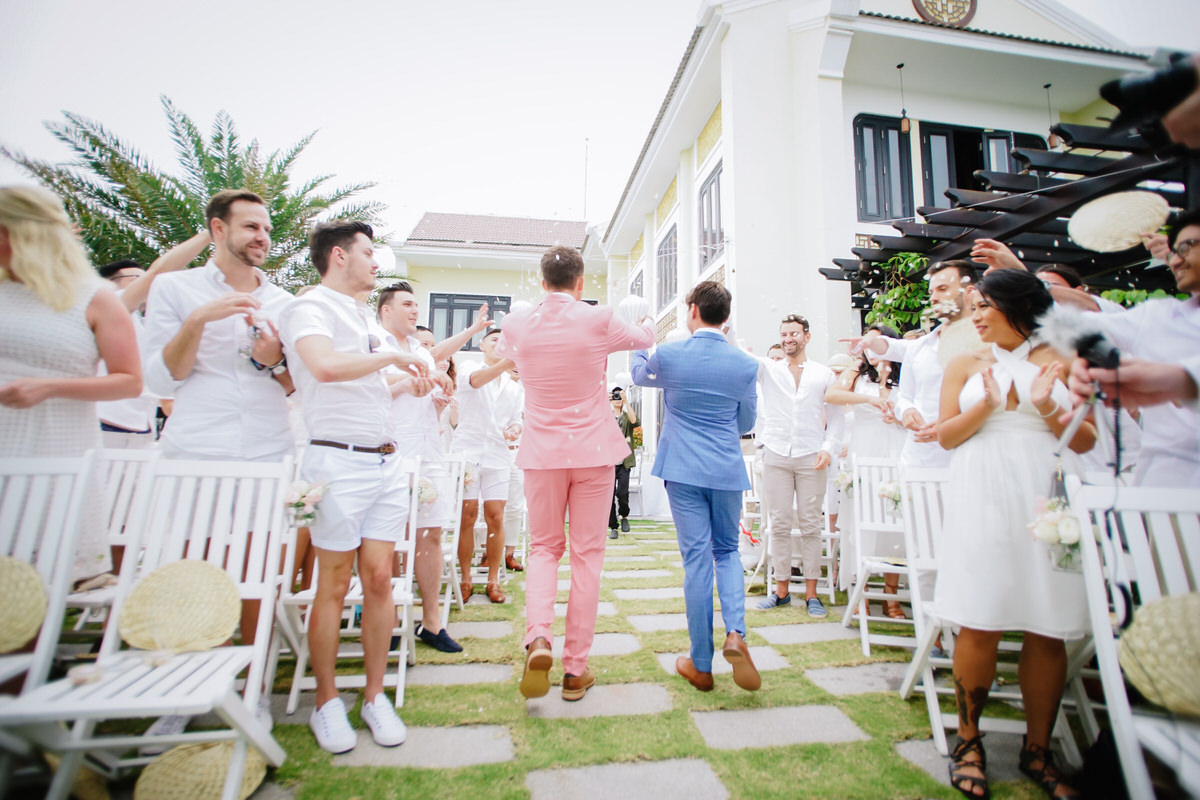 Vietnam-Samesex-Wedding-16.jpg