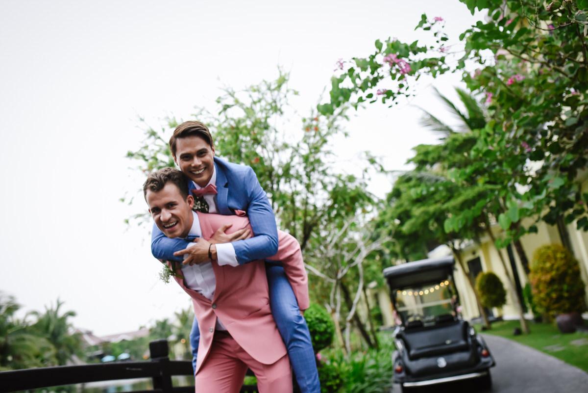 Vietnam-Samesex-Wedding-80.jpg