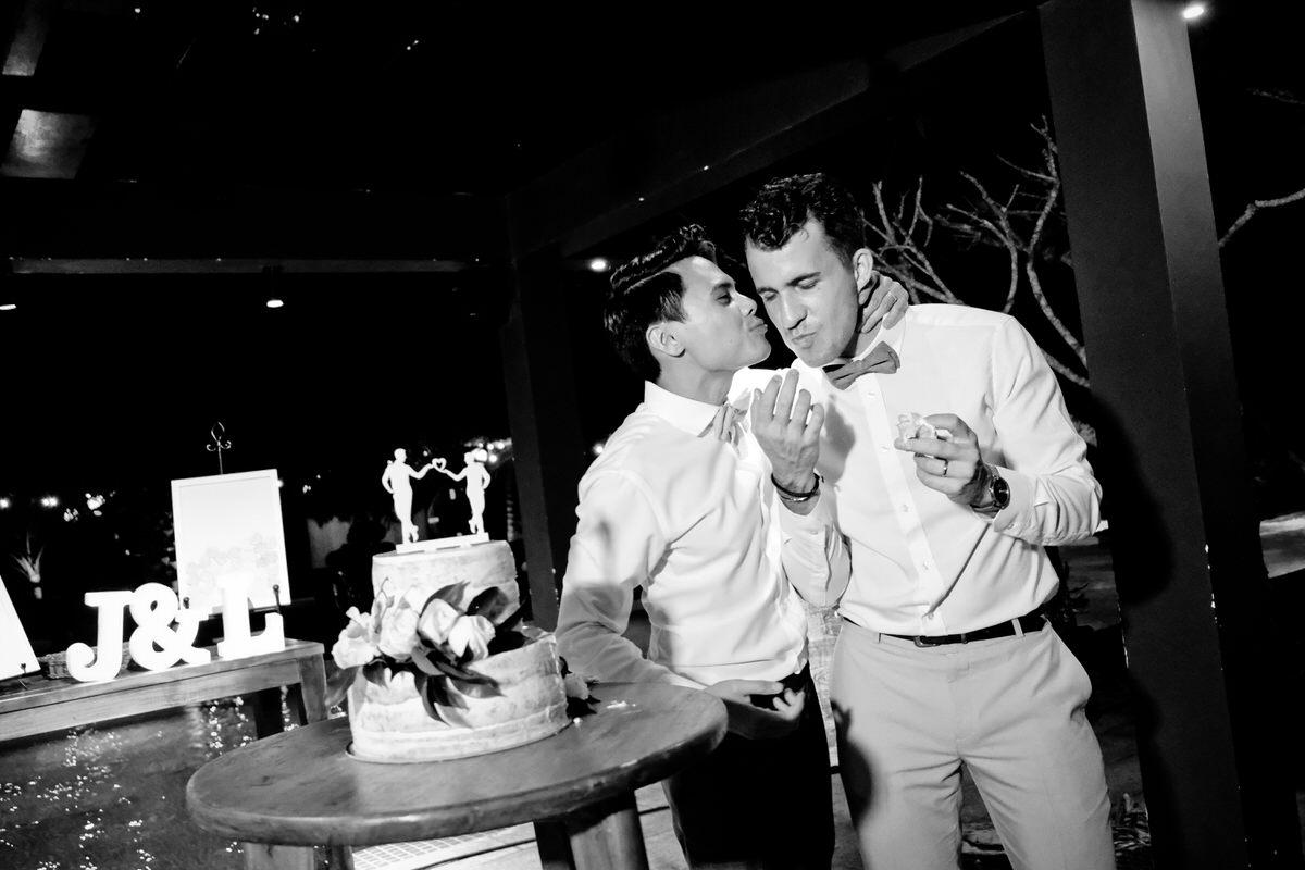 Vietnam-Samesex-Wedding-53.jpg