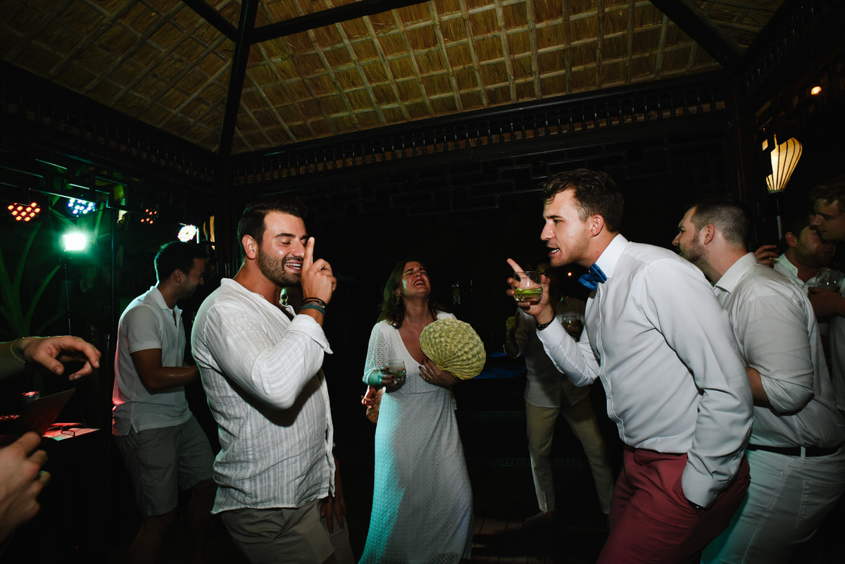 Vietnam-Samesex-Wedding-100.jpg