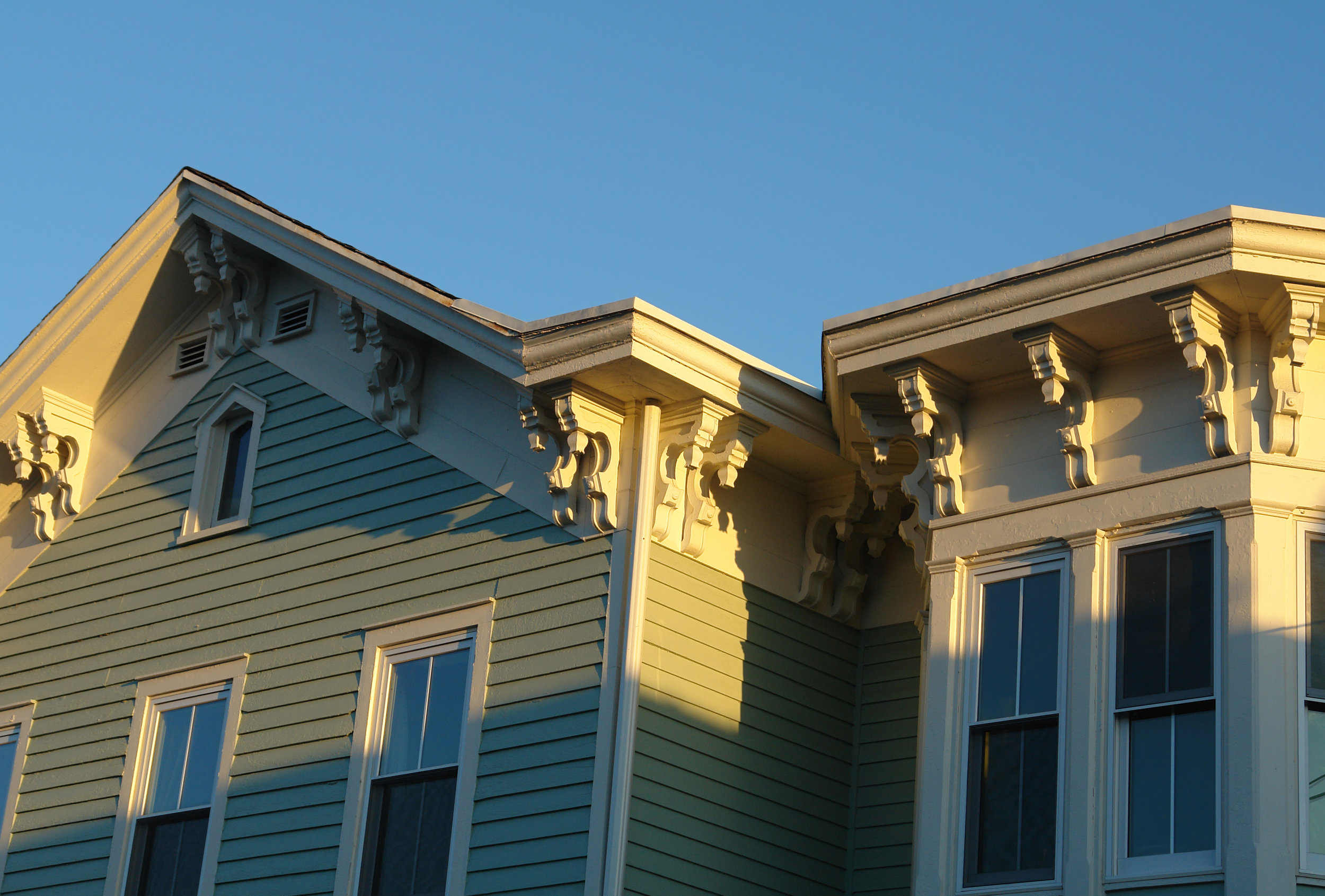 Oak Pointe_Exterior Products_Corbels.jpg
