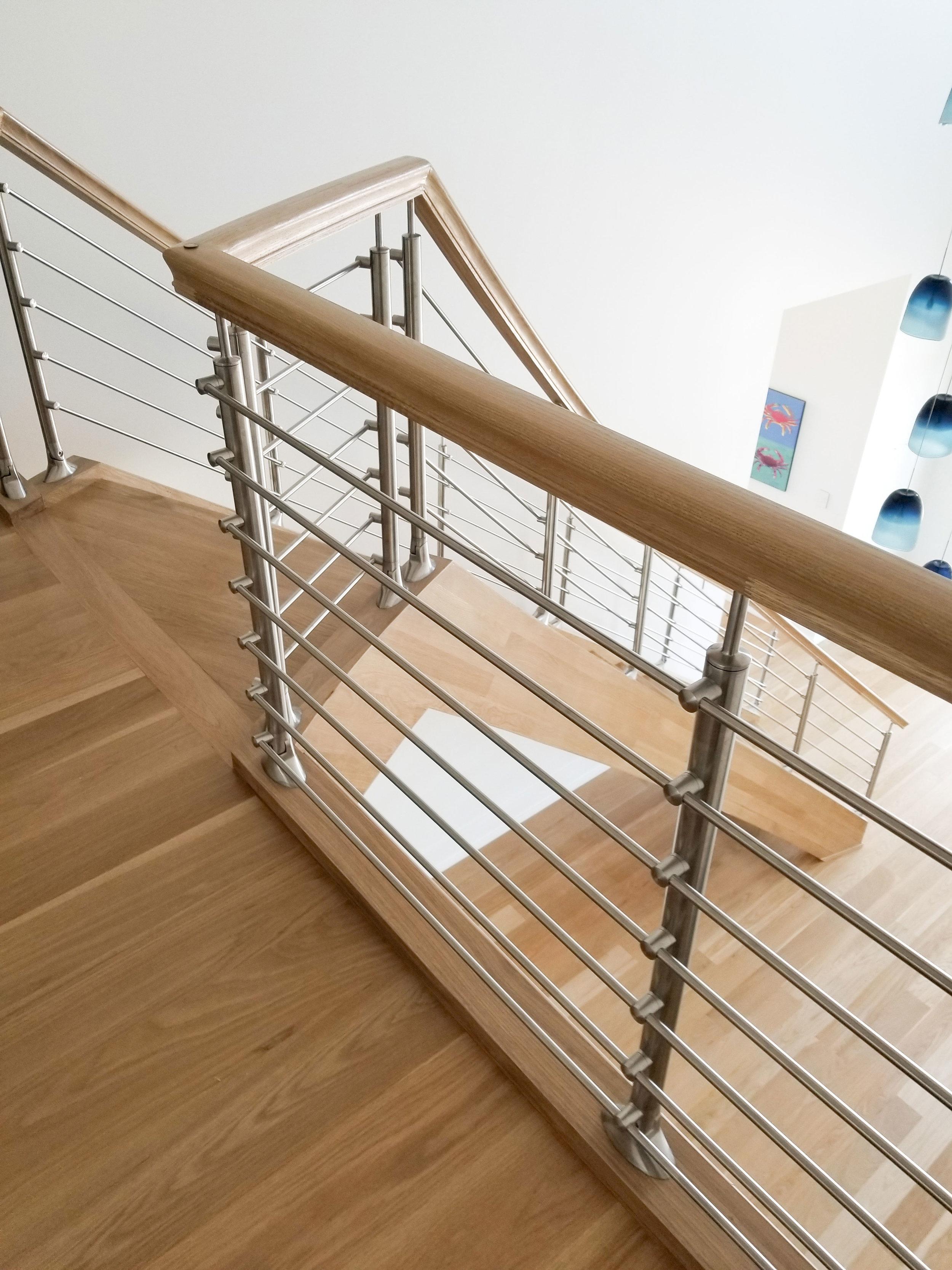 Oak-Pointe_Handrail and Fittings (5).jpg