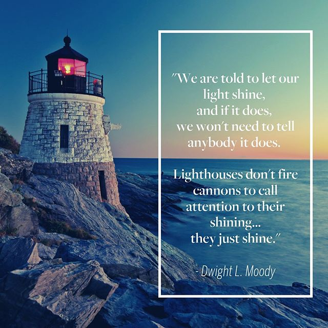 Happy National Lighthouse Day to all those who love and appreciate these beautiful and essential spots along the coasts! If you've never visited a lighthouse in person, might we suggest a summer road trip! #summerfun