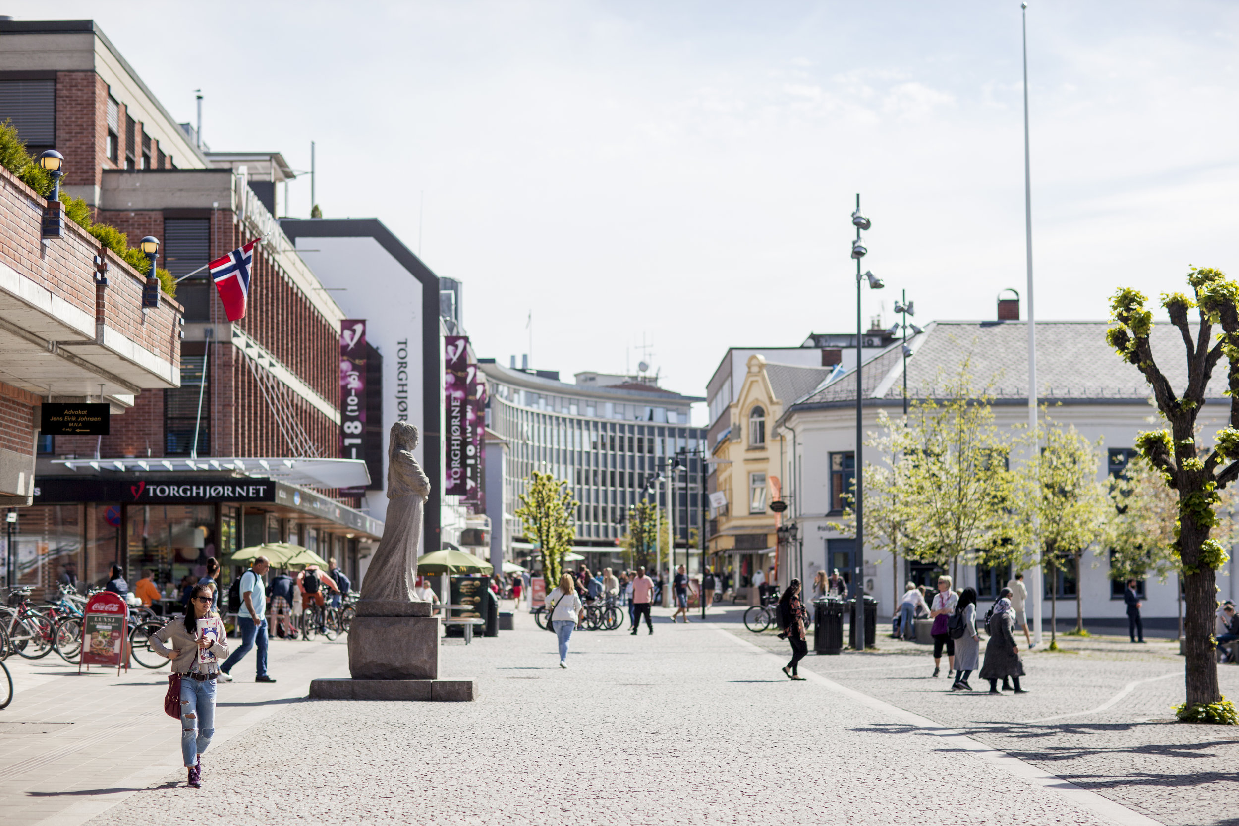 """HAMAR SENTRUM   Creating a lively and vibrant urban heart of the municipality of Innlandet, delivering on Hamar's vision of making Hamar """"nnlandets urbane hjerte"""", ensuring that projects like Bylab Hamar, centre programming and the official city plan are connected.  Advisory - Einar Kleppe Holthe  hamarsentrum.no"""