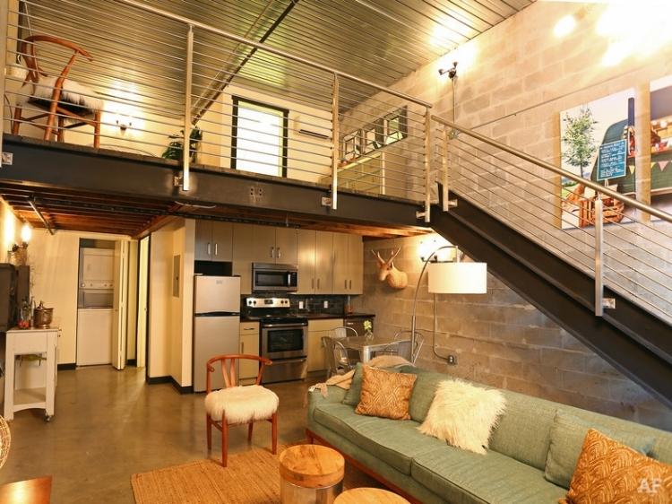 warehouse-lofts-tampa-fl-living-room.jpg