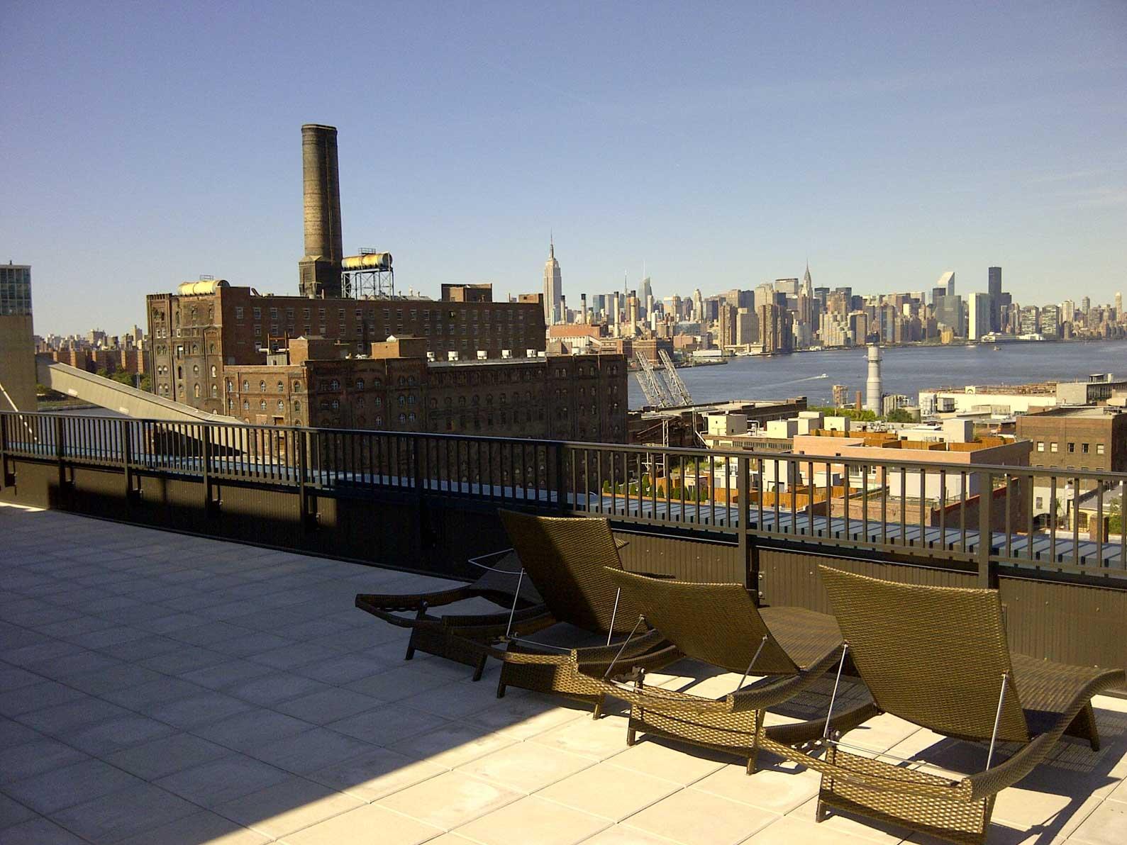 Williamsburg-Lofts---Rooftop-Deck-2.jpg