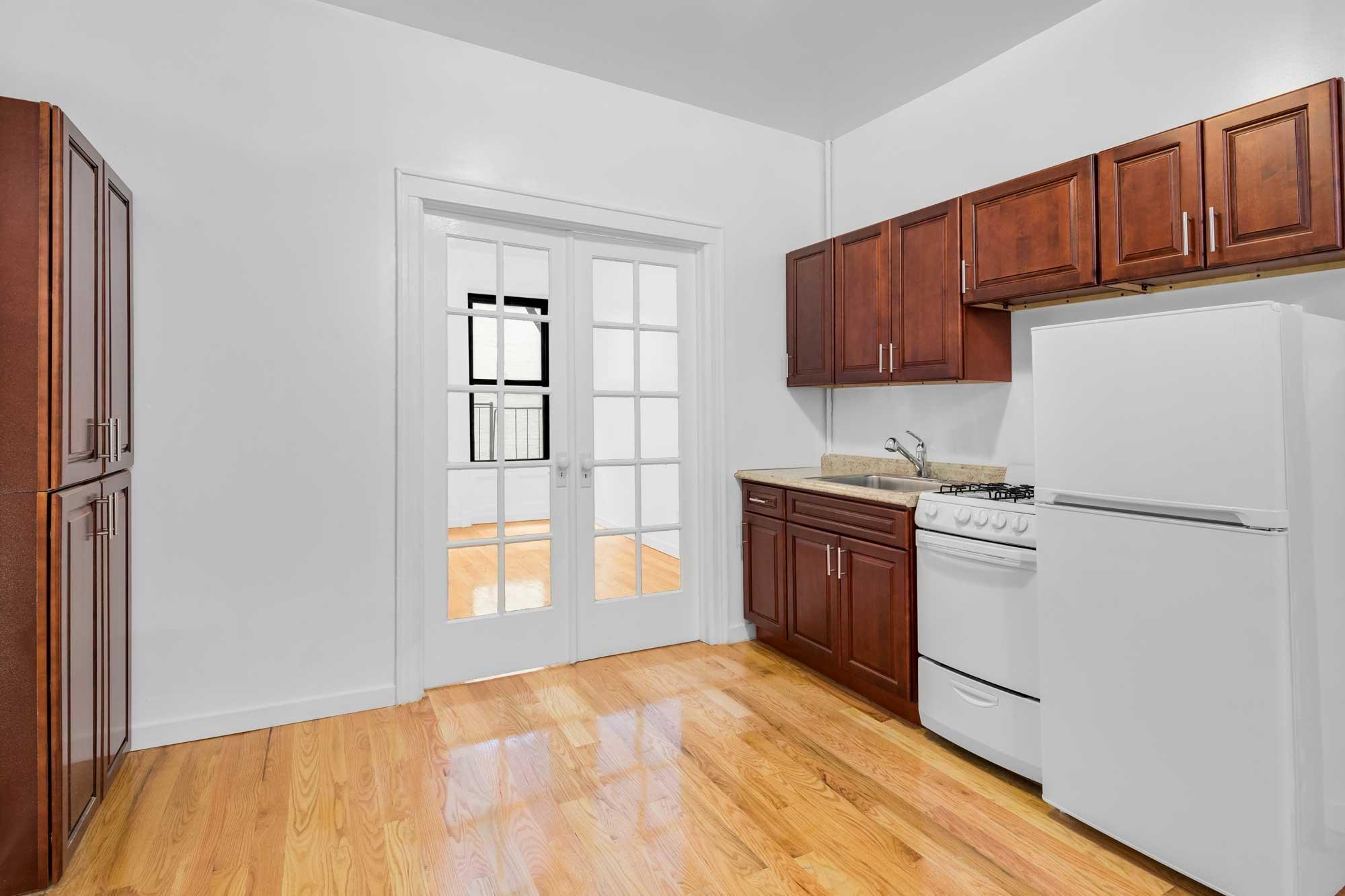 1364_York_Avenue_Apartment_8_HIGH-RES_0002_wo.jpg