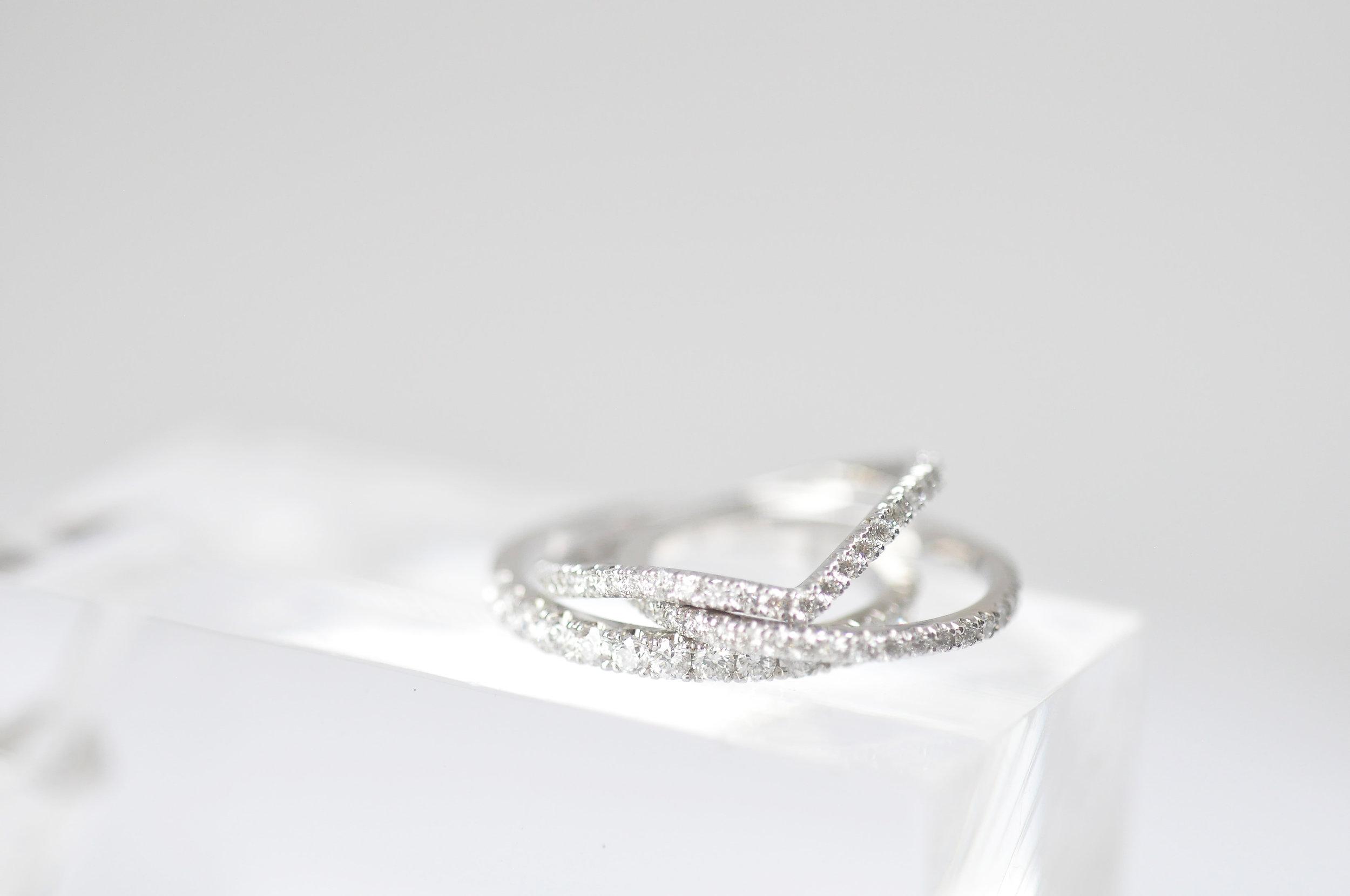 Custom Slim Diamond Wedding Ring Toronto .jpg
