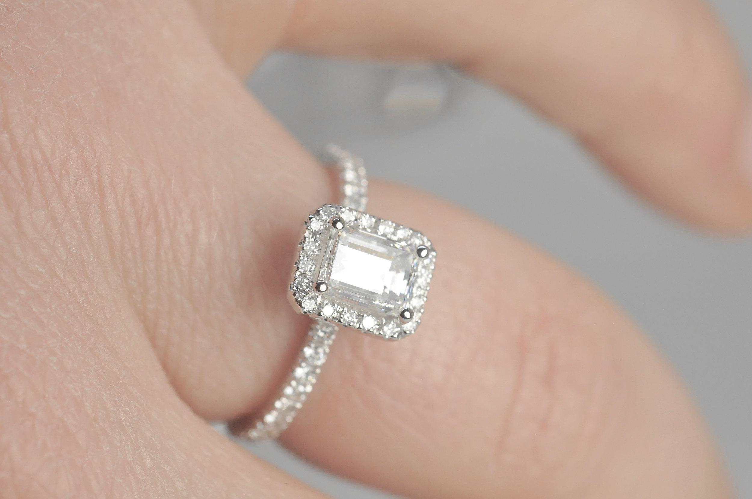 Dainty Engagement Ring Toronto.jpg