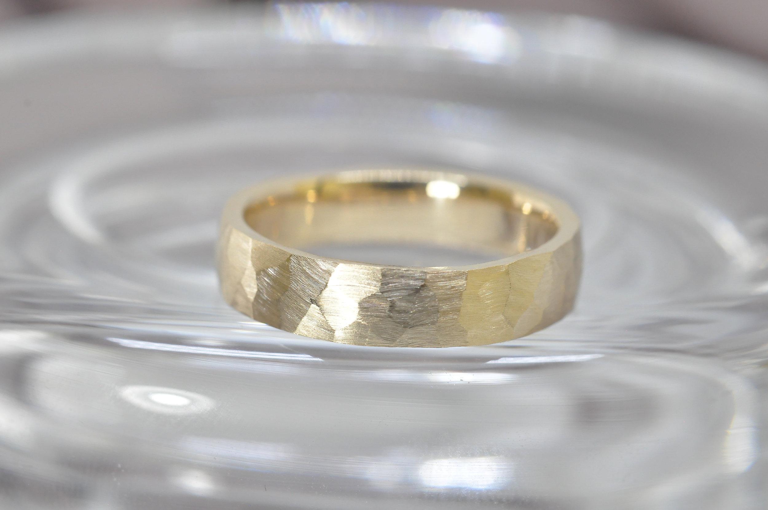Men's Yellow Gold Wedding Ring.jpg