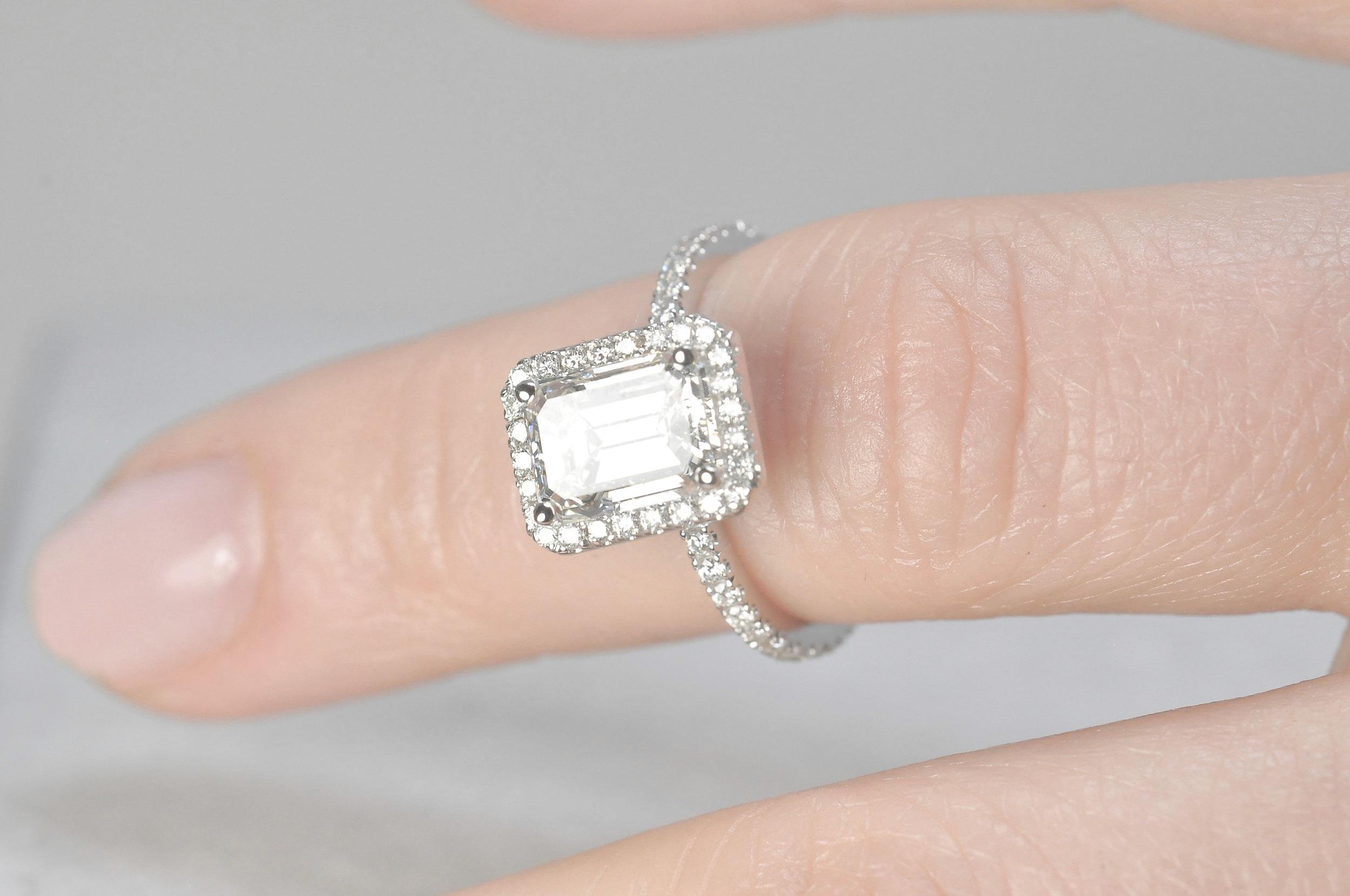 2 Carat Engagement Ring Toronto.jpg