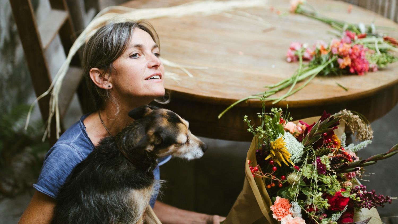 The Flower Podcast - 11.08.2019 Scott Shepherd of the Flower Podcast interviews Nicole Schenkel-Zureikat (01:16:48 [auf Englisch])