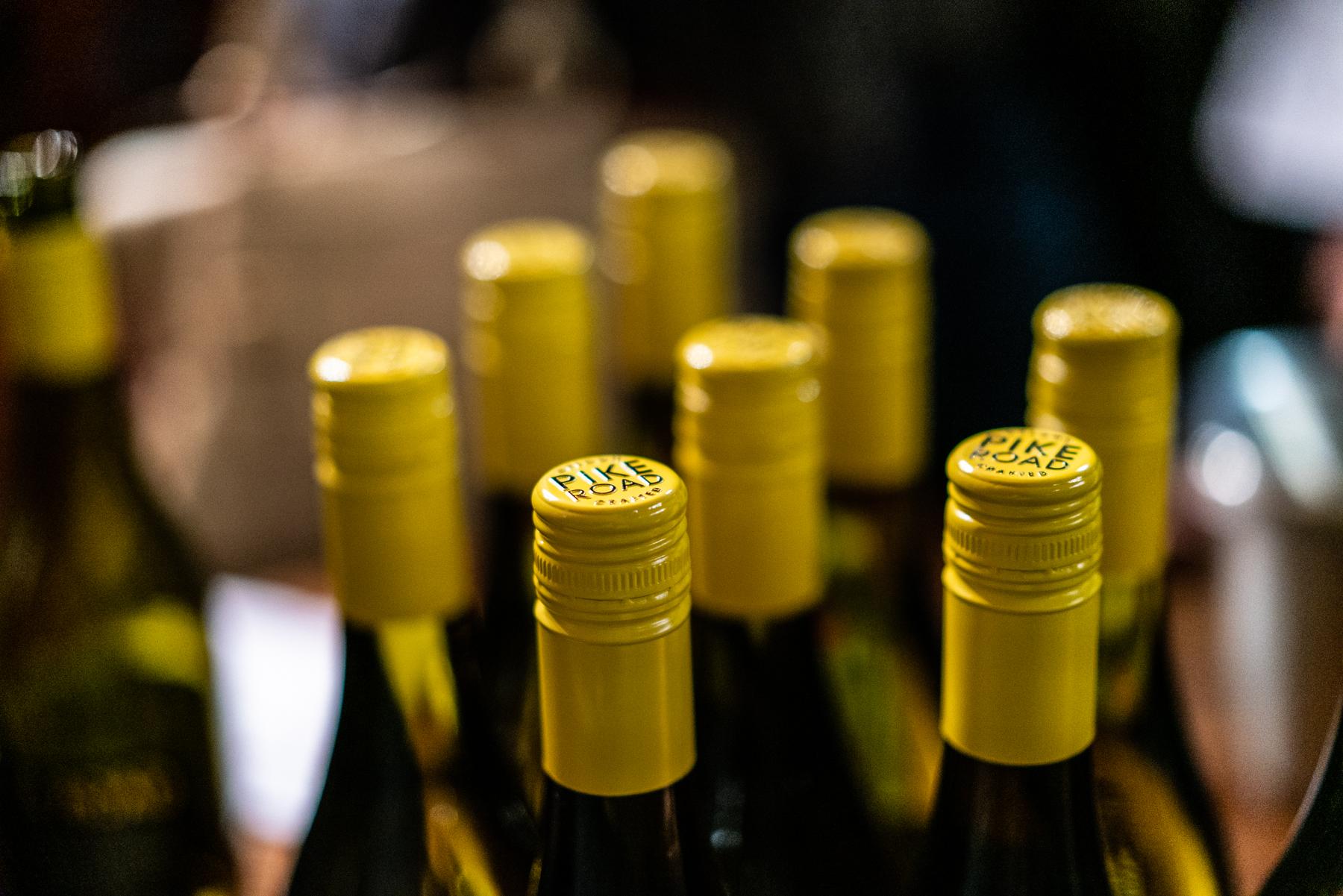 110818-Downtown-Oregon-City-Wine-Walkp-2018-Final-Select-LoRes-39.jpg