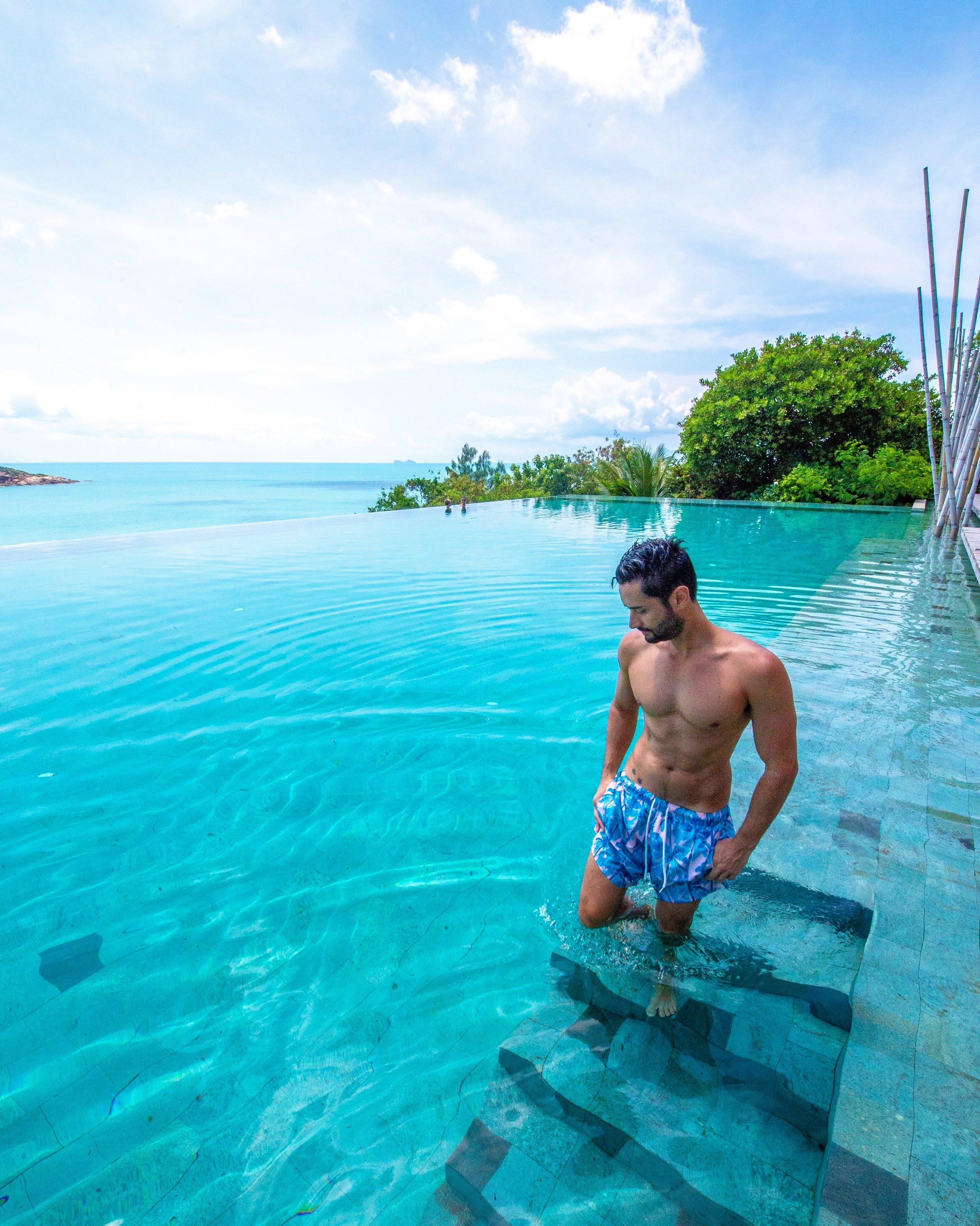 A piscina do Six Senses Samui é o lugar perfeito para relaxar.