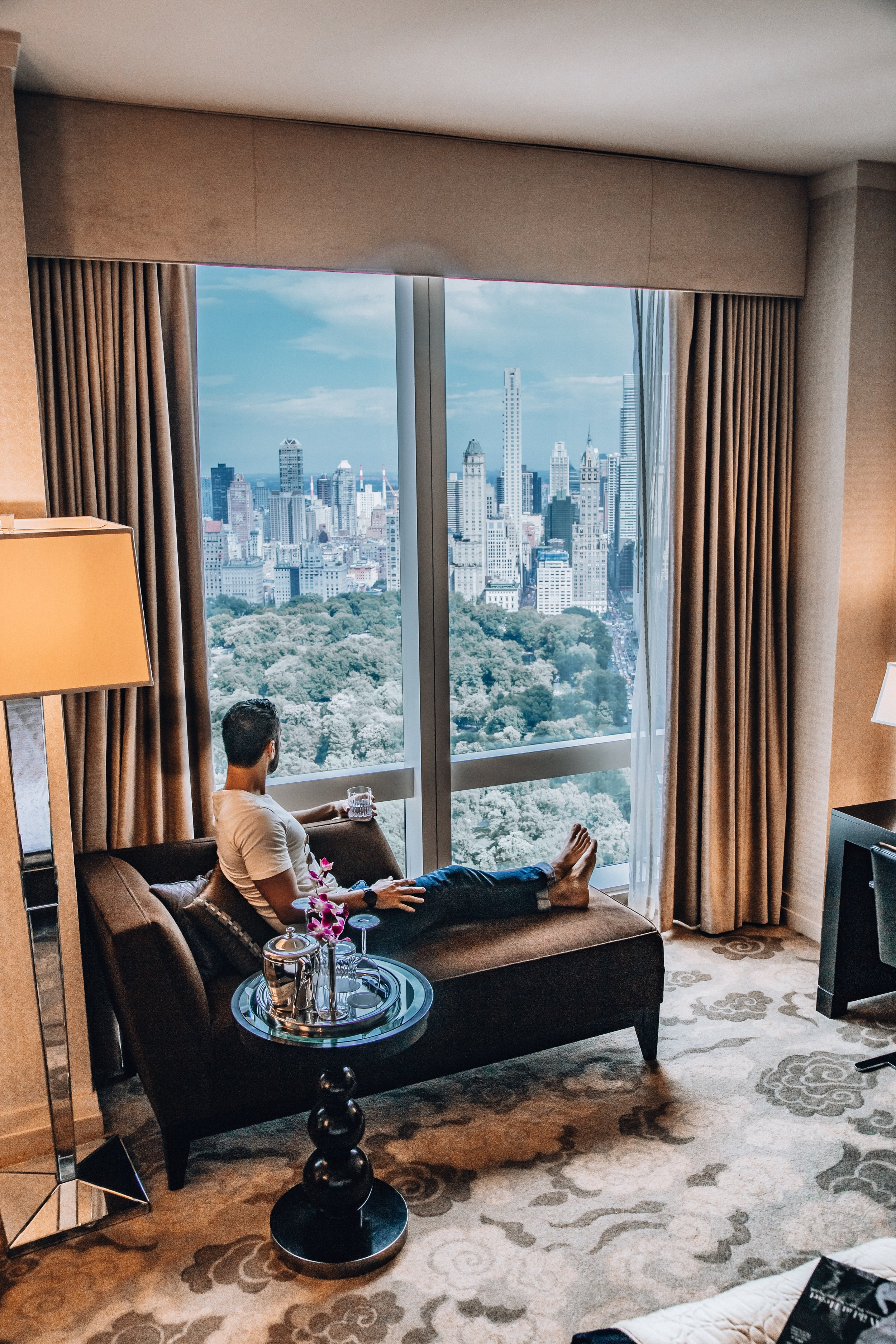 The suites feature a classic and elegant design with asian accents. They are spacious and the views of Central Park are impressive.