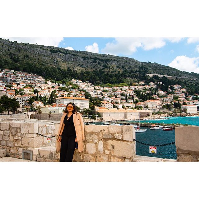 Beautiful Croatia ft my silly shades 😎! . . #red #croatia #travelling #adventure #dubrovnik #photooftheday #annoying6tilepost #gameofthrones #unmatchedbeauty #kingslanding #beauty #historic #travelblogger #whenindianstravel #travelmindset #happymindset #happy #dress #nightphotography #sunset #chinmayadave #myindianroots