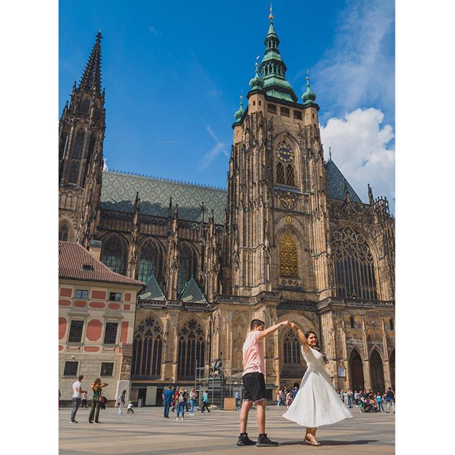 #takemeback to Beautiful Prague Castle! . . #europeanstreets #prague #travelling #adventure #praguecastle #photooftheday #zadar #gameofthrones #unmatchedbeauty #kingslanding #beauty #historic #travelblogger #whenindianstravel #travelmindset #happymindset #happy #dress #photooftheday #chezrepublic #chezbeer #blogcomingsoon #happy #sun #takemebacktues #tb #myindianroots . . 📸 by @slr_infinity @swapnil510