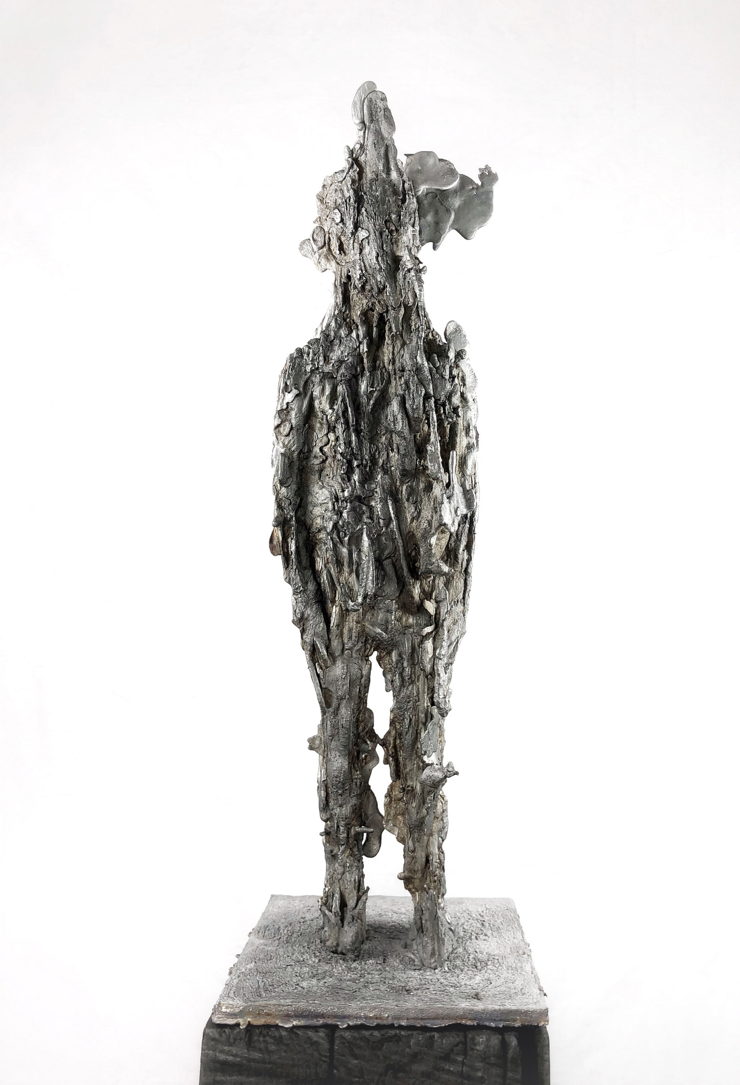 Untitled 2017 . Aluminum . 38 x 14 x 10 in