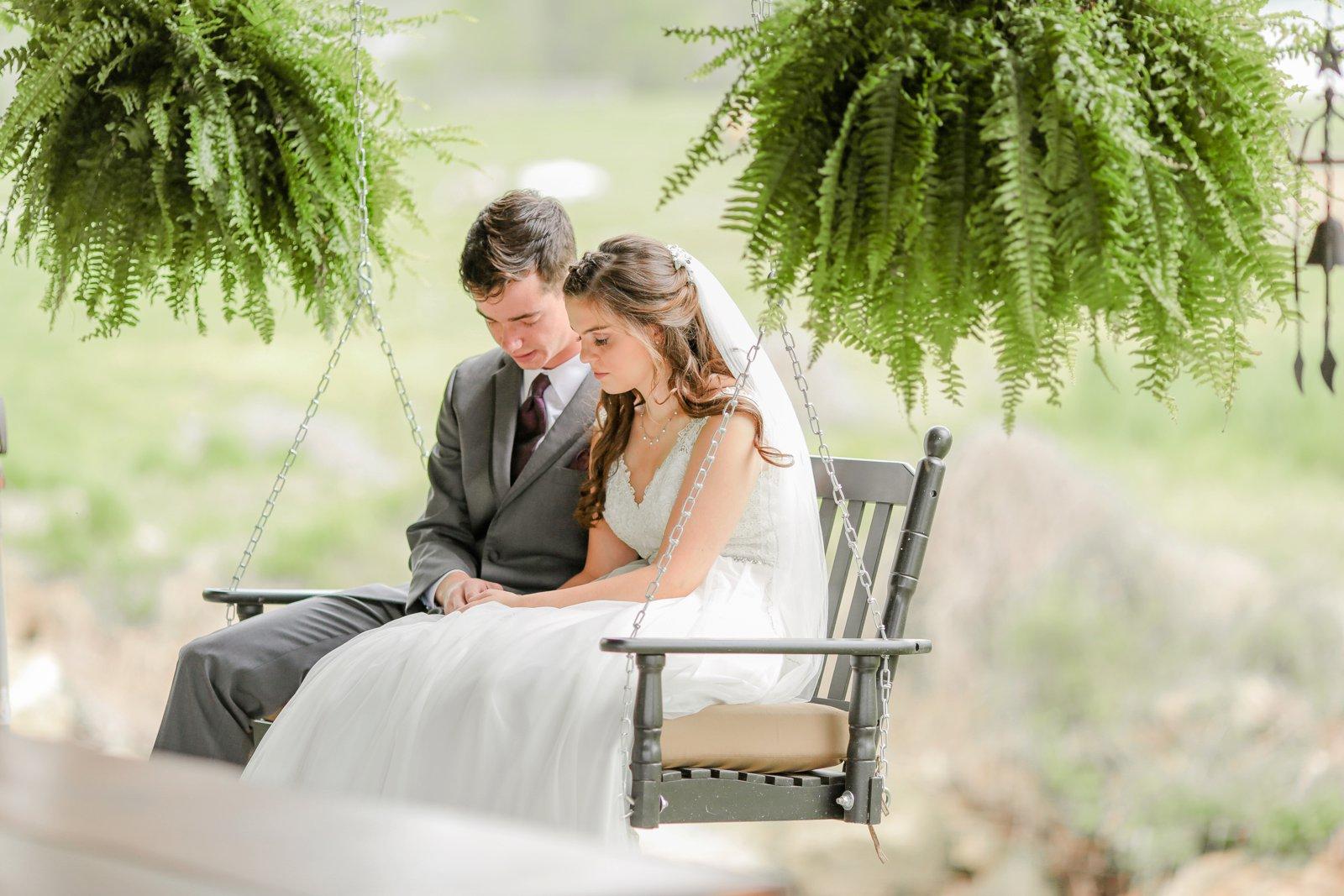 wedding_photographer_Missouri_Destination_elope_intimate_Saint_James_MO_Missouri_KansasCity_Jeff_City_Jefferson_Columbia_Engagement_Photos_Pictures_Session_Best_Videographer_0203.jpg