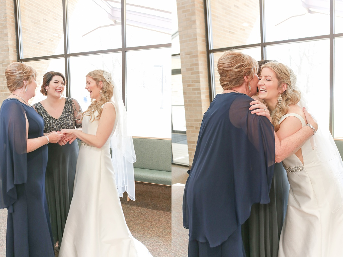 Missouri_wedding_photographer_MO_STL_KC_Kansas_City_wedding_Union_Station_Top_Videographer_Video_Film_Photos_Missouri_1755.jpg