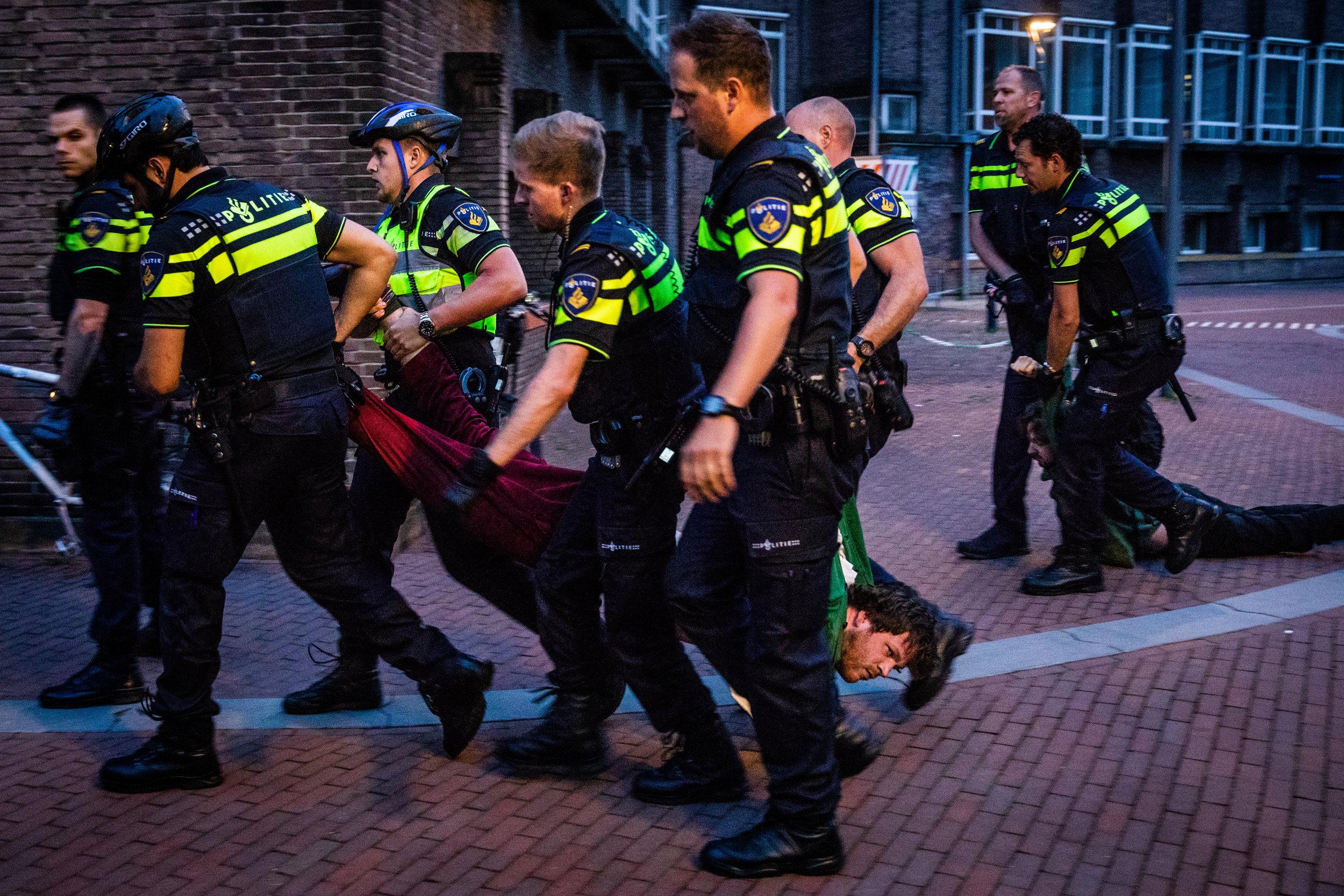 Politie grijpt in bij studentendemonstratie UvA