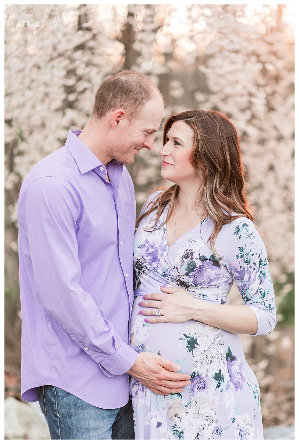 spring maternity session blossoms