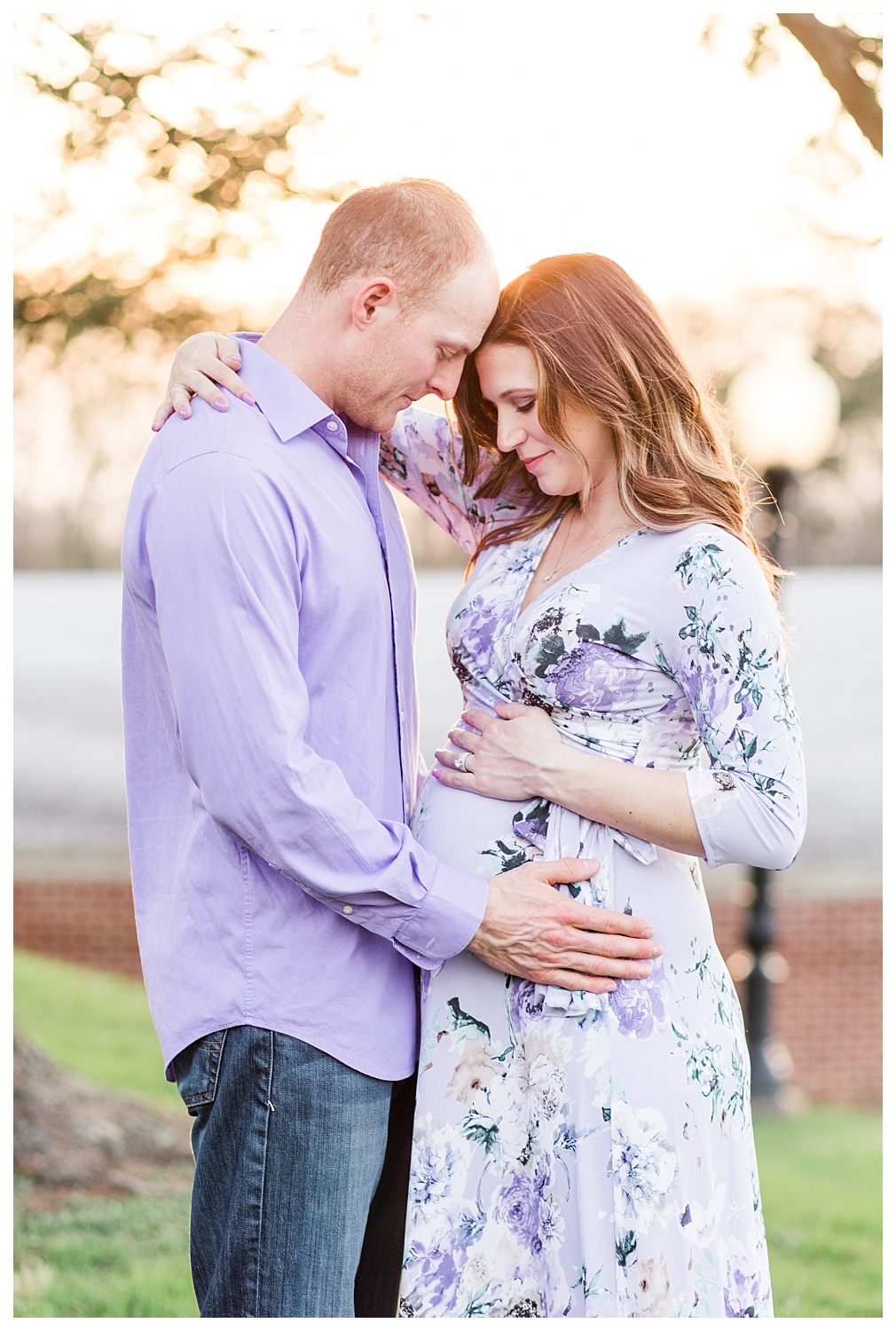 golden hour spring maternity session