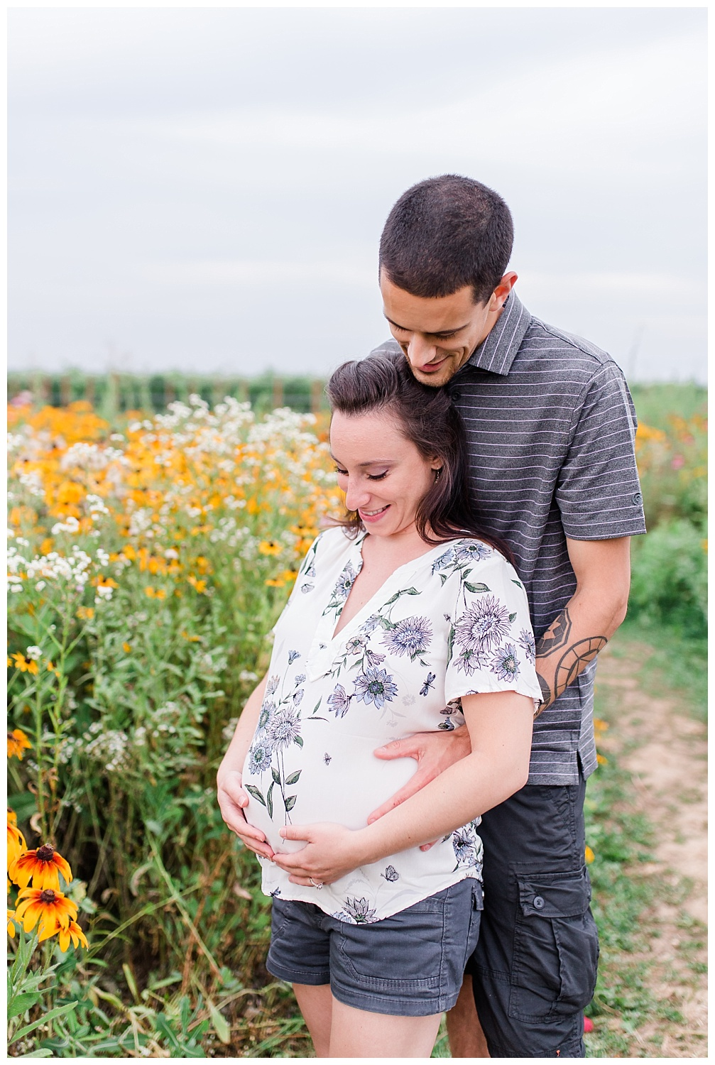 Lititz Wildflower Maternity Session_0001.jpg